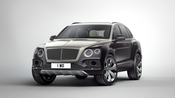 Кроссовер Bentley Bentayga получит бензиновый V8 в 2018 году