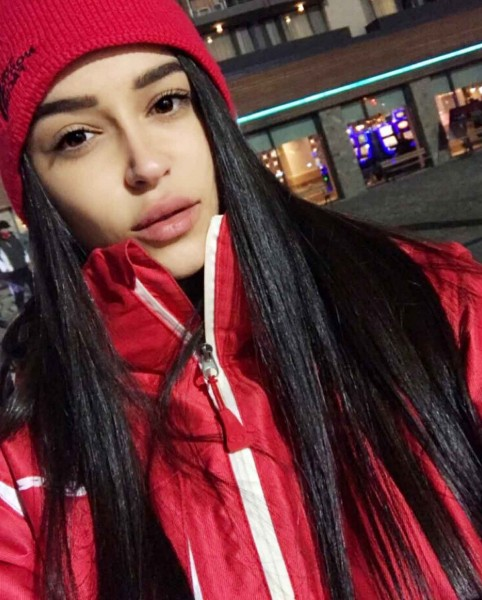 Бывшая девушка Александра Гобозова Ивана Дилова увеличила губы