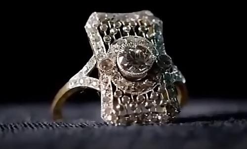 4d74176e9fd8 У экс-супруги главы «Лукойла» украли кольцо за 47 млн рублей