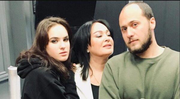 портреты поздравление гузеевой сына кем сразятся азербайджанские